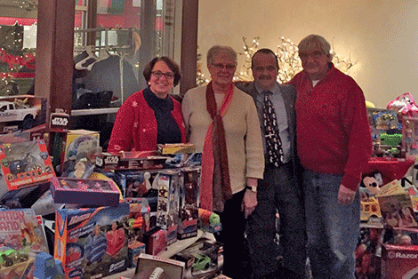 The New York State Democratic Party, the St. Lawrence County Democratic Committee and the Jefferson, Lewis, and St. Lawrence Counties Central Trades and Labor Council AFL-CIO gave 400 toys to area charity programs.