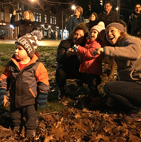 The tree was lit by Lilian and David Preston, the great-grandchildren of Robert Plumb and their mother Crystal Preston, granddaughter of Robert Plumb.