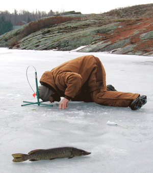 Ice-fishing-gouverneur.png