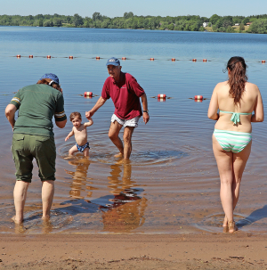 Norwood-beach-family-.png