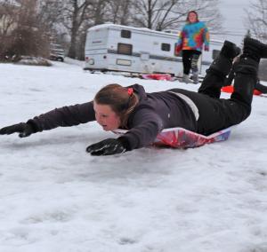 Oburg-sledding-Savana-Race-2.png