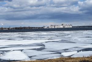 oburg-ice-breaking.png