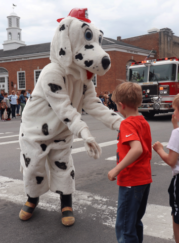 Canton-fest-fire-dog-3.png