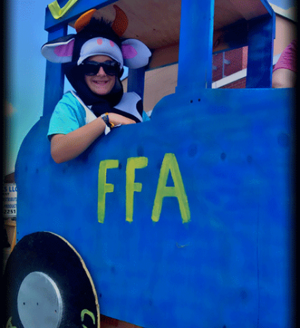 Canton-tractor-float.png