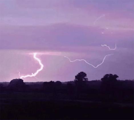 Lisbon-lightning.png
