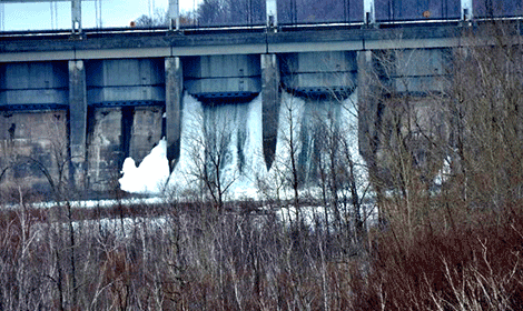 Long-Sault-gates.png