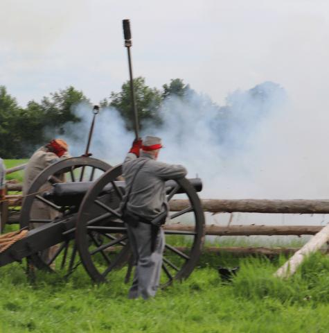 Madrid-Civil-War-cannon-3.png