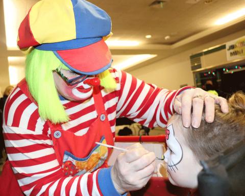 Massena-clown-face-painting.png