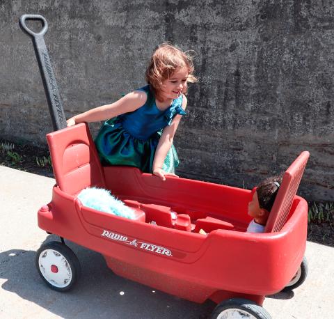 Massena-girl-wagon.png