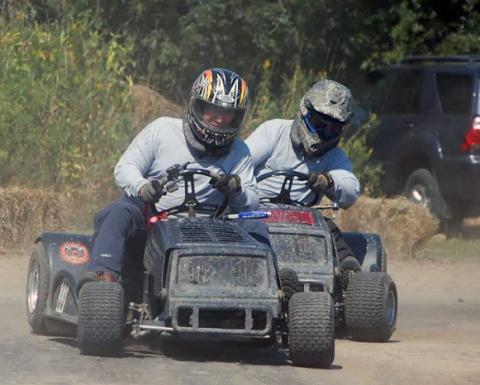 Norwood lawnmower races.jpg