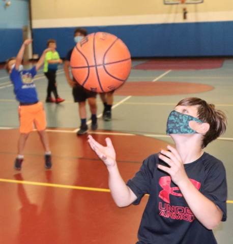 Oburg-boys-and-girls-club-basketball-3.png