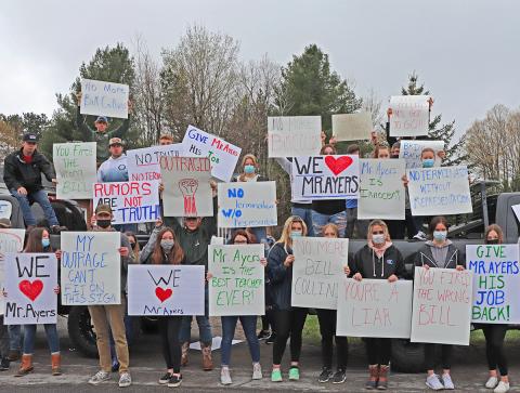 Parishville-Hopkinton-students-protest-2 WS.png