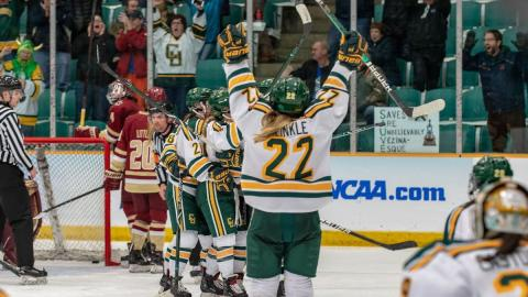 Potsdam Clarkson women hockey.jpg