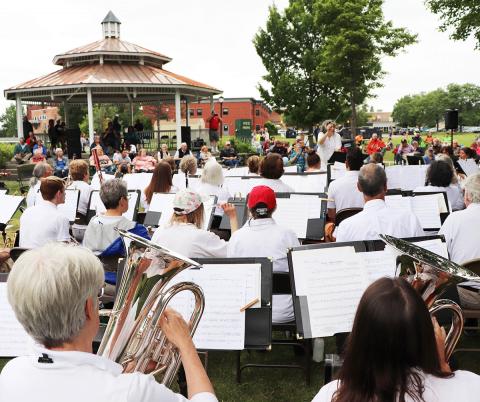Potsdam-Community-Band-1.png
