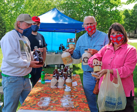Potsdam-Farmer's-Market-Giffin-Road-Maple.png