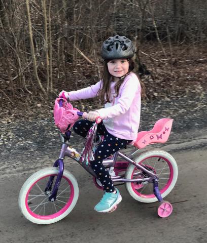 Potsdam-PE-bike-pink-girl-Lilly-Hudson.png