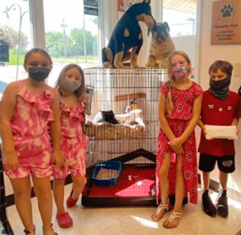 Potsdam-animal-shelter-gift1.png