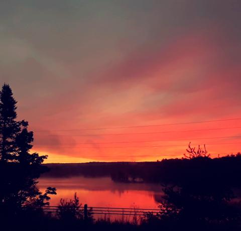 Star-Lake-beautiful-sunrise.png