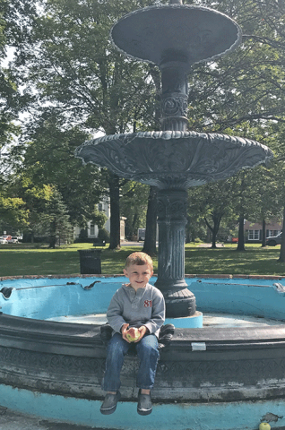 canton-fountain-kid.png
