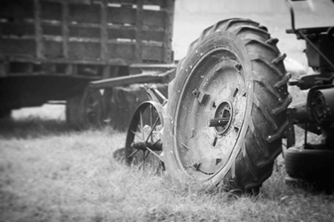 old-tractor.png