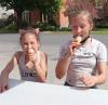 Oburg-ice-cream-2-girls.png